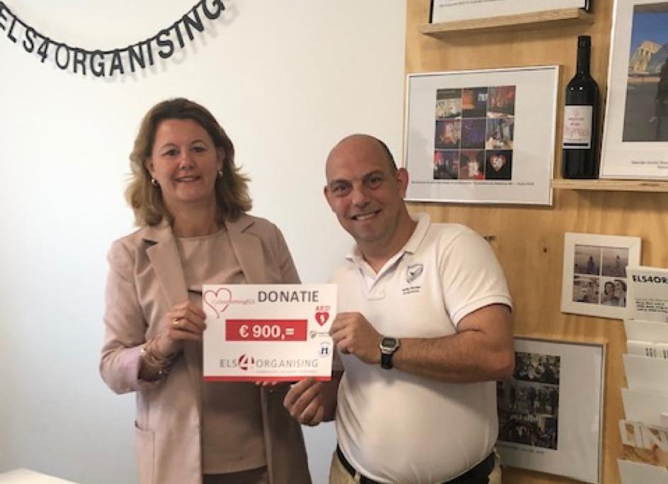 Donatie AED apparaat basisschool Houten Veilig Houten